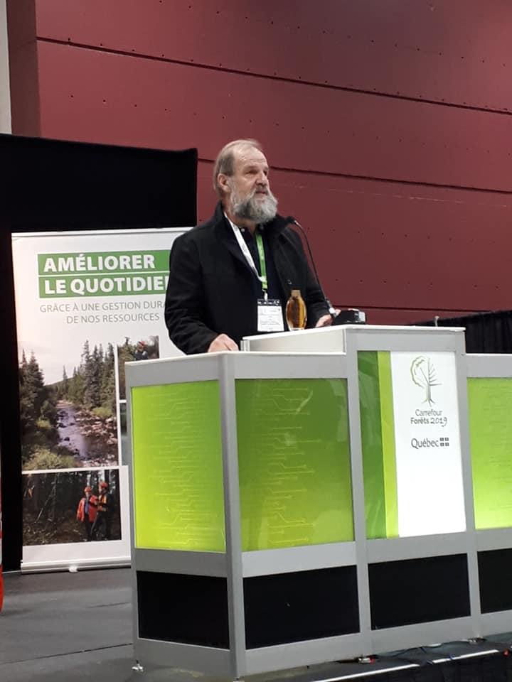 Andre Roy : Discours d'André Roy lors de la signature de l'entente pour la création d'une chaire de leadership en enseignement en gestion durable des forêts privées.