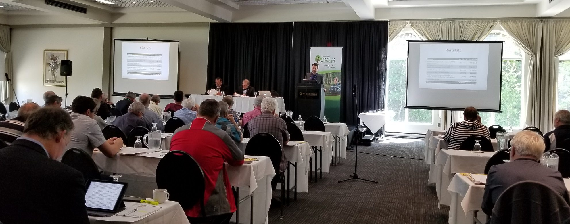 Le directeur général de la FPFQ, Marc-André Côté, s'adresse aux participants de l'AGA.